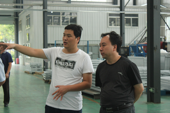 科林电气股份有限公司高军利副总经理一行,刘总首先向来访人员表示图片